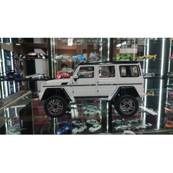 画像2: Autoart 1/18 MERCEDES BENZ G500 4×4 White