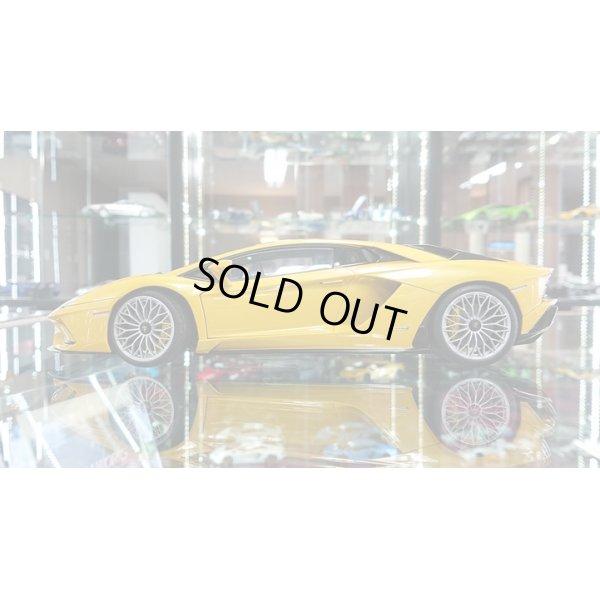 画像2: Autoart 1/18 Lamborghini Aventador S Yellow metallic