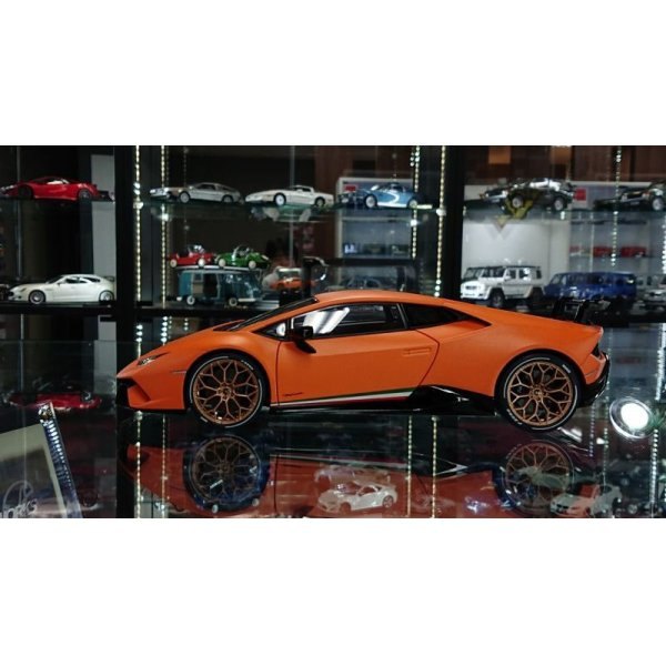 画像2: Autoart 1/18 Lamborghini Huracan Performante Mat Orange