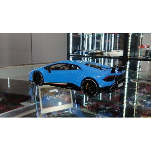 画像3: Autoart 1/18 Lamborghini Huracan Performante Pearl Blue