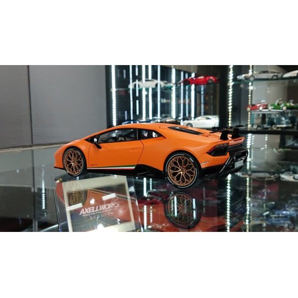 画像3: Autoart 1/18 Lamborghini Huracan Performante Mat Orange