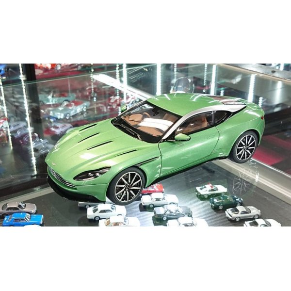 画像4: AUTOart 1/18 ASTON MARTIN DB11 Appletree Green
