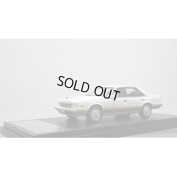 画像1: Hi Story 1/43 NISSAN LAUREL 4DOOR HARDTOP V20 TURBO MEDALIST Prestige White Two Tone