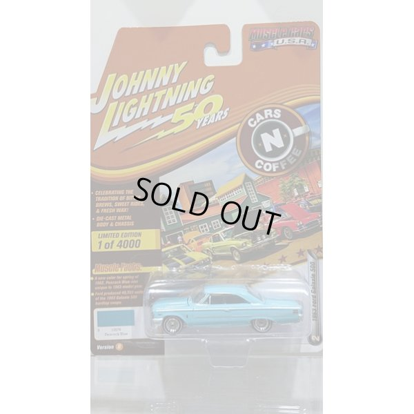 画像1: Johnny Lightning 1:64 Muscle Cars USA - Release 20-B '63 Ford Galaxie 500 Peacock Blue