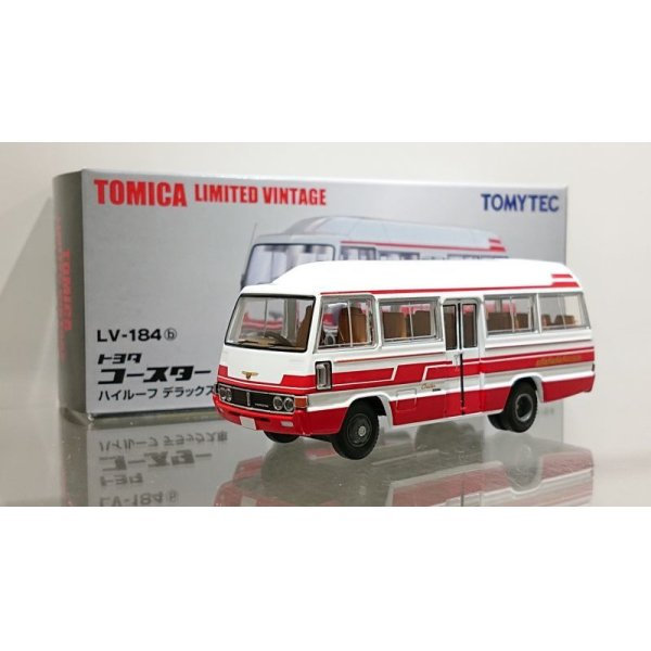 画像1: TOMYTEC 1/64 Limited Vintage Toyota Coaster High Roof Deluxe White / Red