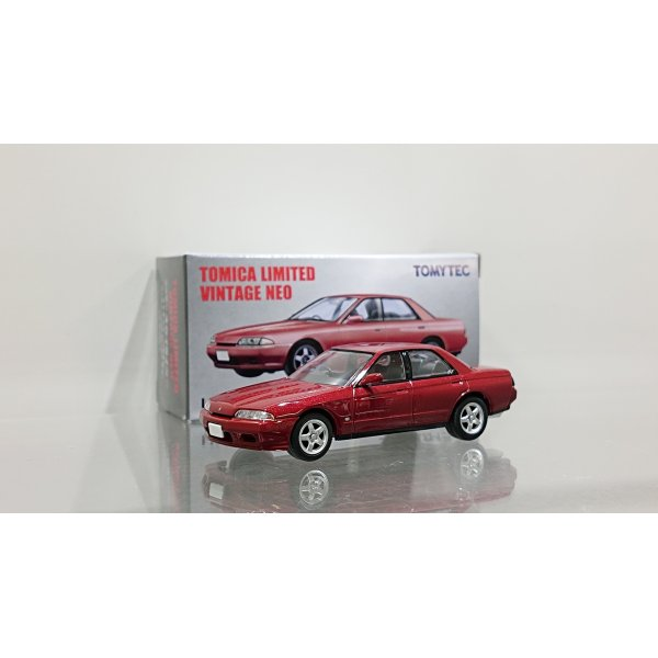 画像1: TOMYTEC 1/64 Limited Vintage '89 NISSAN SKYLINE GTS-t Type M Red
