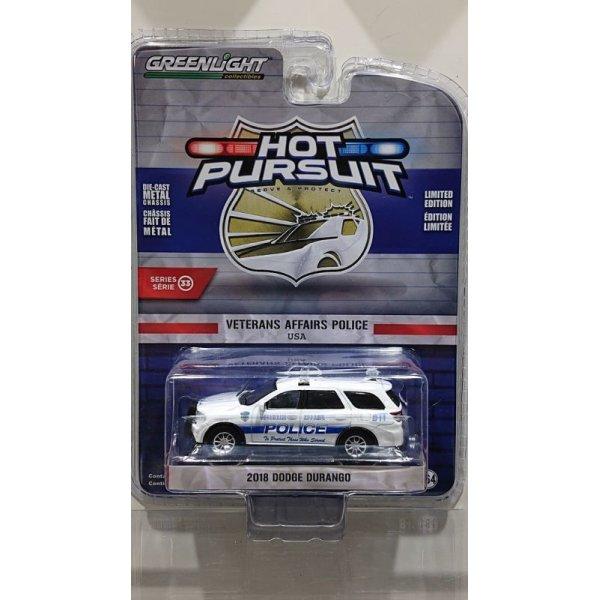 画像1: GREEN LiGHT 1/64 Hot Pursuit Series 33 '18 Dodge Durango - Veterans Affairs Police