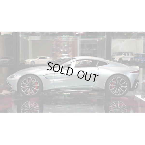 画像2: AUTOart 1/18 Aston Martin Vantage 2019 Metallic Silver