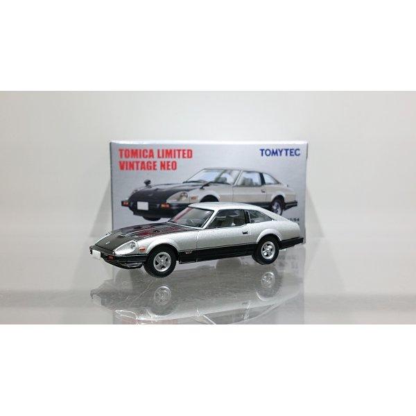 画像1: TOMYTEC 1/64 Limited Vintage NEO Nissan Fairlady Z-T Turbo 2BY2 (Silver / Black)