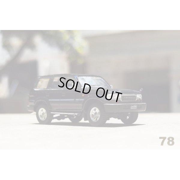 画像1: Gaincorp Products 1/64 Toyota Land Cruiser LC80 RHD Black