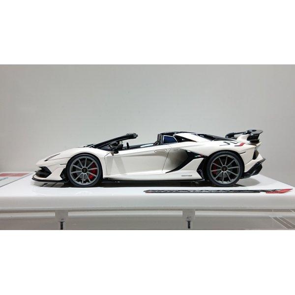 画像2: EODOLON 1/43 Lamborghini Aventador SVJ Roadster 2019 (Nireo wheel) Matte Pearl White Limited 80 pcs.